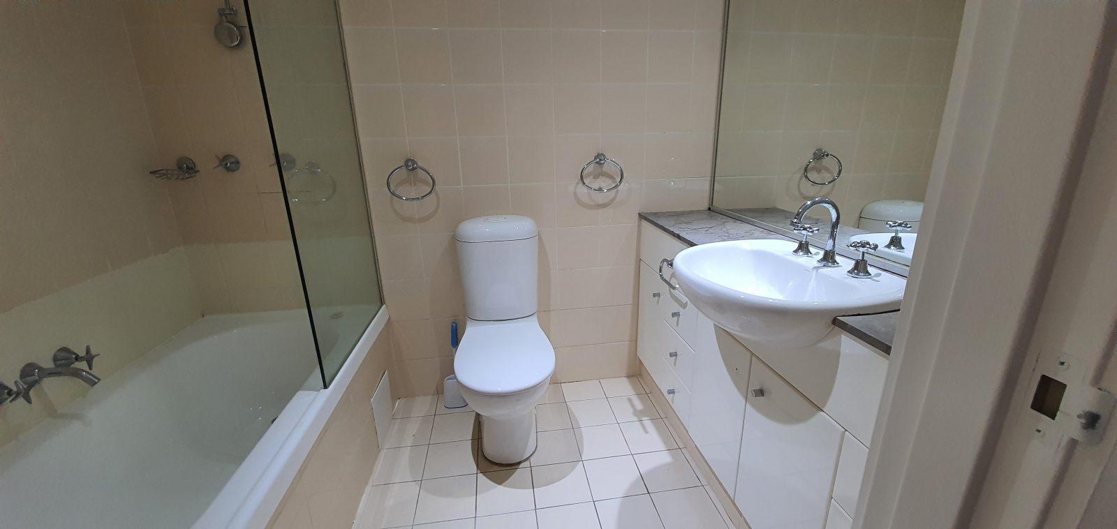 Bathroom - previous